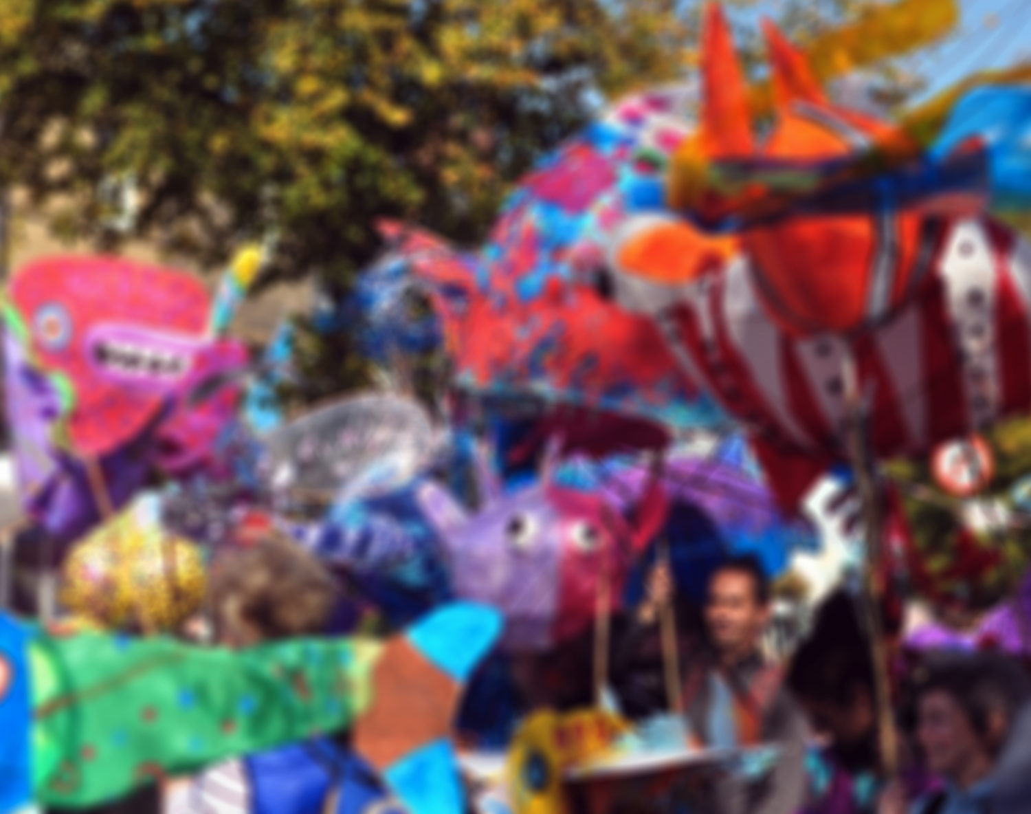Handmade-Parade-background-3-blurred1.png